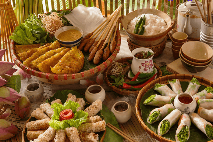How many delicious food foreigners should try in Da Nang?