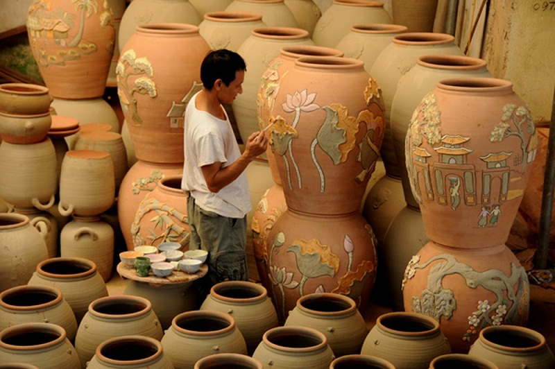 Bat Trang – the most famous pottery village in Vietnam