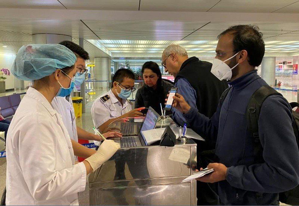 Việt Nam tạm ngưng miễn visa cho 8 nước châu Âu