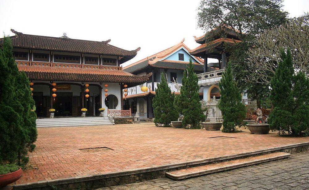 Bí ẩn ngôi chùa Huyền Không Huế